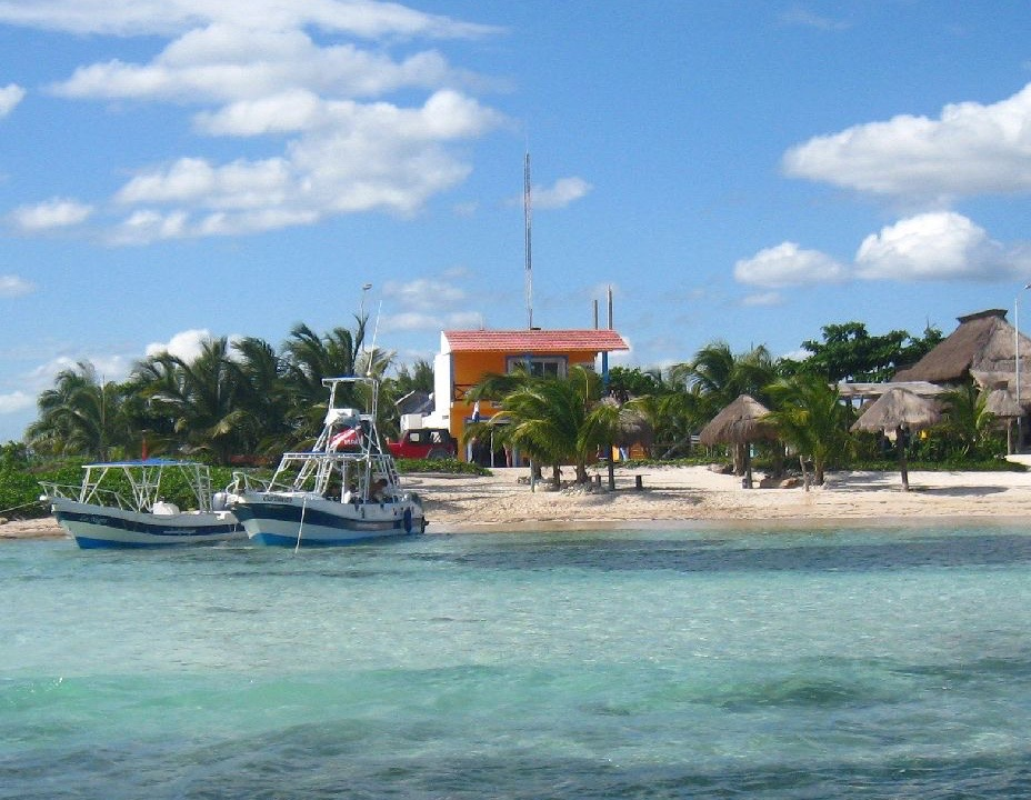 Dive Center For Sale - PADI 5 Star Dive Center/Breach Front Apartment in Beautiful Costa Maya Mexico (Mahahual) Close to Border of Belize