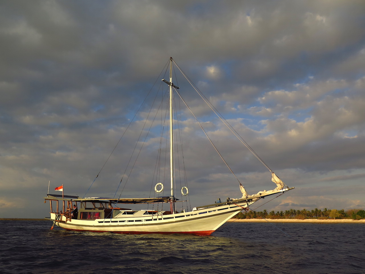 Dive Center For Sale - Cozy Traditional Phinisi Boat for sale